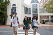 Học THPT tại trường Red Bank Catholic Highschool (Amerigo New Jersey)